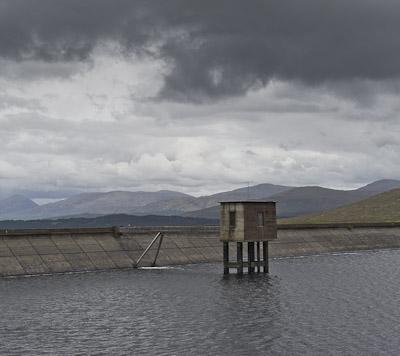 Dam, Loch Quoich _GE04834